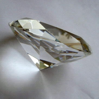 Crystal Glass Diamonds 150 mm Clear