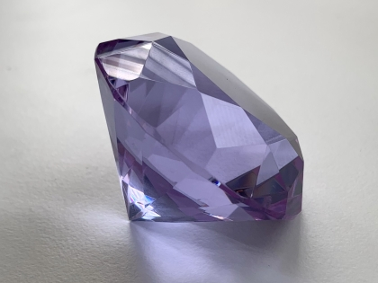 Crystal Glass Diamonds 50 mm Purple