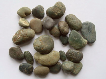 Pebble Stones Green polished 20-40 mm